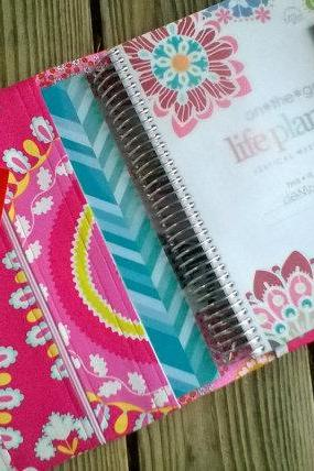 Daily planner Fabric cover - All in one Organizer - Plum paper Erin Condren sized